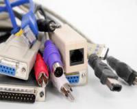 فروش انواع کابل و اتصالات کامپیوتر و موبایل