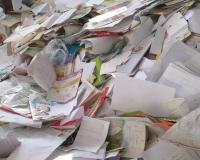 خرید ضایعات کاغذکارتن کتاب لاک آهن در پنجره وغیره
