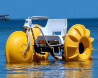 قایق سه چرخه روی آب فایبرگلاس